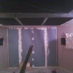 Dalles de plafond, vue vers l'arrière